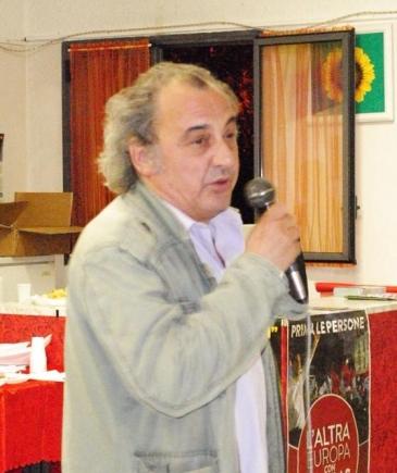 Massimo durante l'ultima campagna elettorale per le elezioni europee