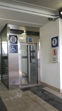 Gli ascensori collaudati dopo la protesta