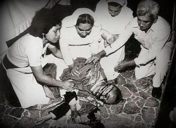 Monseñor-Romero-sparo-2